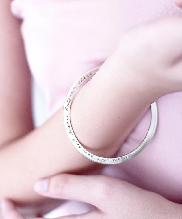 shop by personalised bangles